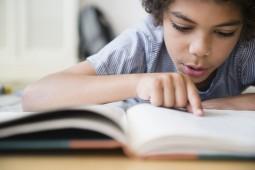 ۱۹ ایده برای تشویق دانشآموزان به کتابخوانی